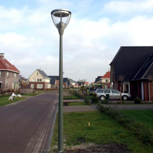 čtvrtotáčkový rychlouzávěr D8 PANEX v pouliční lampě