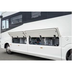 Nouzové uvolnění bočních panelů v karavanu