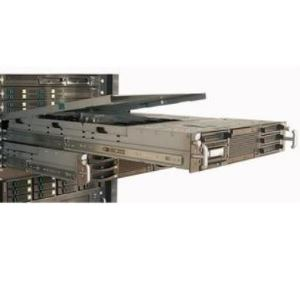Teleskopické výsuvy typ 3607 v serveru