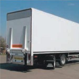 Vnitřní vybavení návěsu nákladního vozu