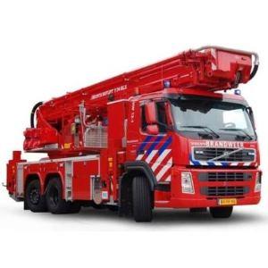 Piánové panty v hasičském voze